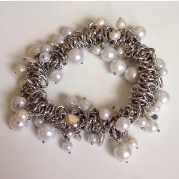 Dress Barn Jewelry - NWOT White Pearl & Charm Silver Stretch Bracelet